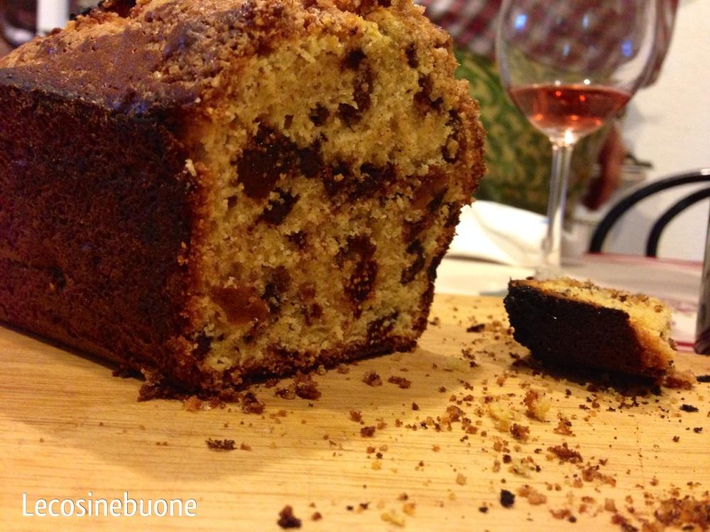La mia torta della domenica: plumcake fichi secchi e cioccolato (1/4)